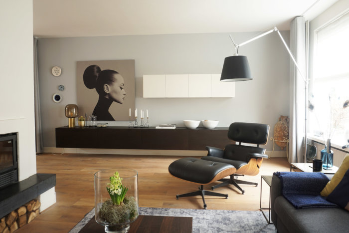 tolomeo lamp, eames lounge chair, dome deco afbeelding